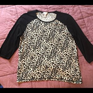 CHICO'S baseball style leopard print sweater Top